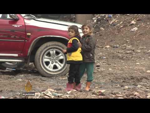 Iraq's Kurdish refugees prepare for harsh winter