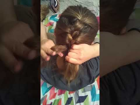 How to French h braid hair