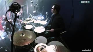 "Kayah & Transoriental Orchestra - ""De Edad De Kinze Anyos"" BeatIt"