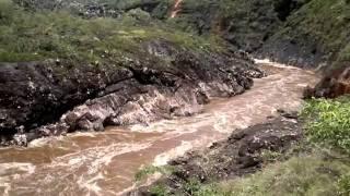 Rio Jequitinhonha divisa entre Diamantina e Serro M.G.