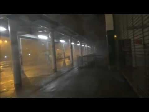 10號風球最強風力一刻@紅磡碼頭(Storm force wind during Typhoon Vicente)