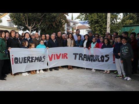 VÍDEO: Los vecinos de Los Llanos de D. Juan se manifiestan contra la oleada de robos