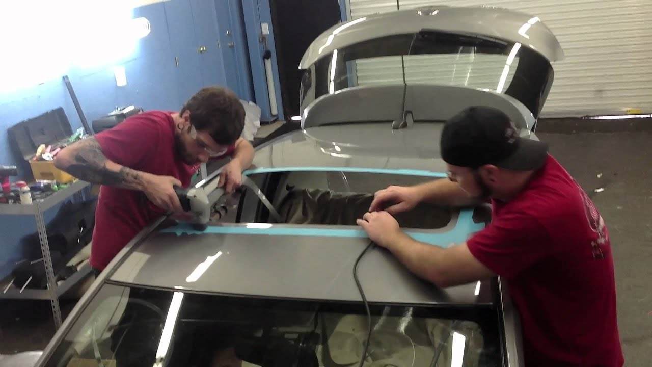 Car Glass Roof Installation