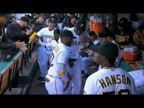 Pirates move and groove in the dugout