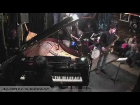 Moment's Notice - Fima Trio Feat. Sergey Avanesov