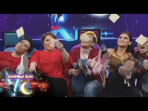 GGV: Vice, Karla, Wacky, Lassie, and Pia play a game