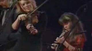 Cluck Old Hen-Alison Krauss/Sierra Hull