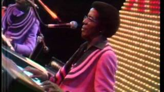 The Midnight Special More 1974 - 08 - Kool & The Gang - Jungle Boogie