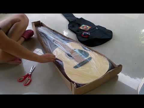 Unboxing Fernando Guitar package from Lazada