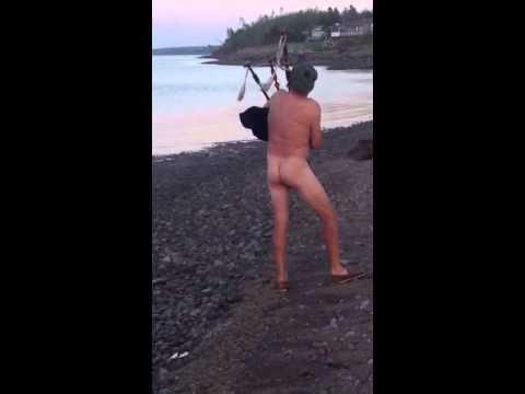 Naked sexy girls humping
