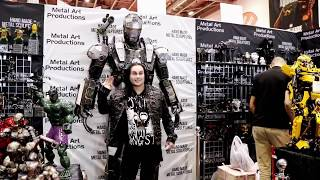 """Dani Filth what's in my bag? """" at Comic Con in London """""""