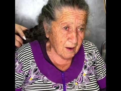 Αυτή η γιαγιά άφησε απρόθυμα την εγγονή της να τη μεταμορφώσει, και το αποτέλεσμα είναι επικό