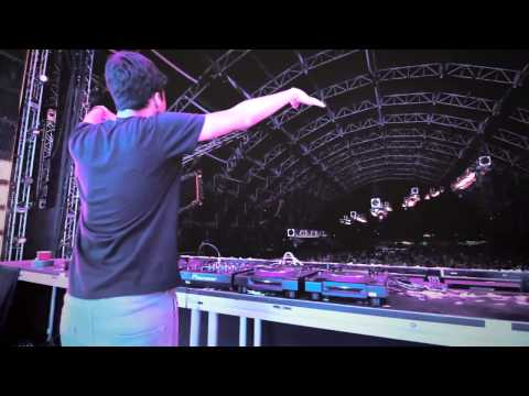 Michael Brun & DubVision - Sun In Your Eyes Live at Coachella 2014