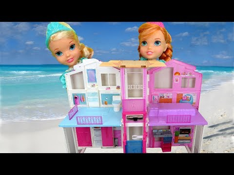 Thumbnail: BEACH HOUSE ! Elsa & Anna toddlers visit Barbie's Ocean Home - Wave takes little Anna - Water fun