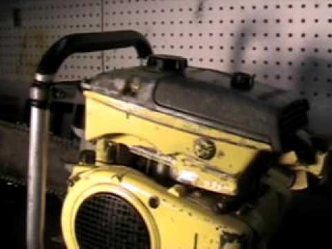 The chainsaw guy shop talk RARE McCulloch 101B Racing chainsaw 11 16.AVI