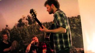 "Chadwick Stokes - ""Gunship Politico"" [Hamburg Living Room Concert]"