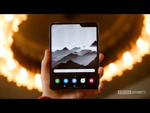 This is not a Samsung Galaxy Fold review