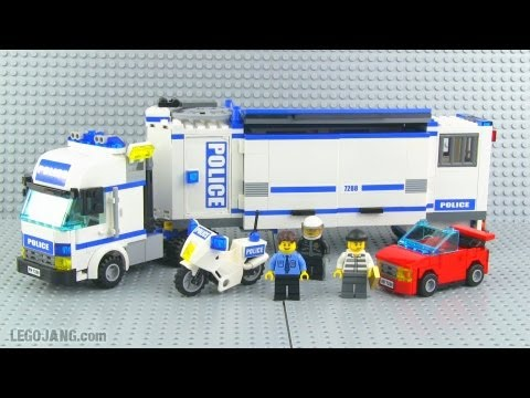 LEGO City Mobile Police Unit 7288 review!
