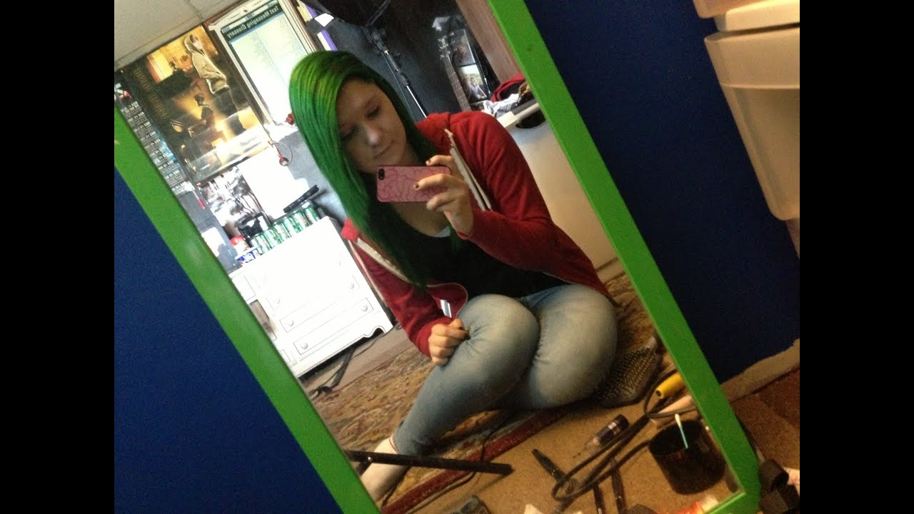 Dyeing My Hair Iguana Green By Special Effects