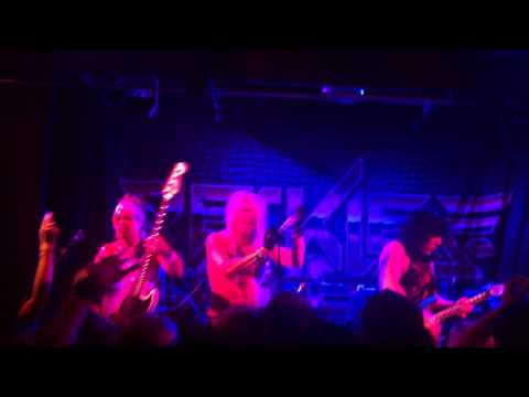 Reckless love-Hot waterfront norwich