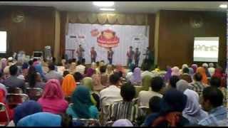 Khalifah Nasyid Indonesia @ Masjid Agung Gresik (Accapella Music - Vocal Group)