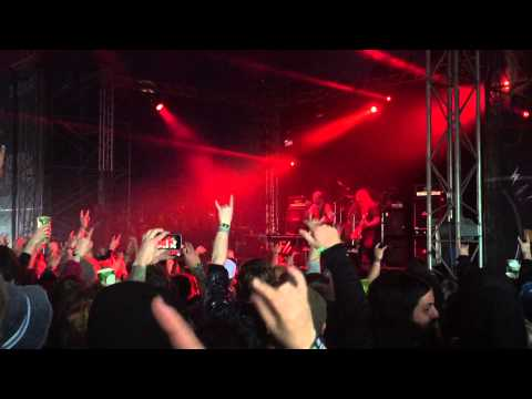 Andrew W.K. - It's Time To Party (Live) @ Download Festival 2015, 14-06-2015