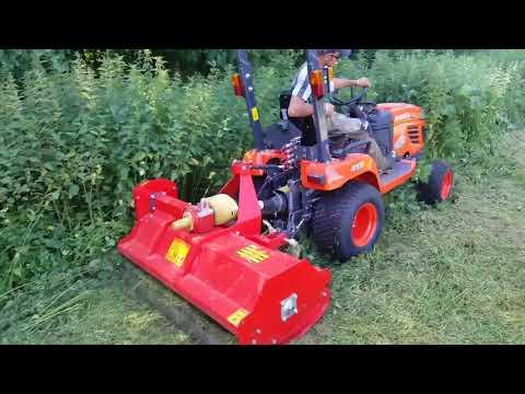 Tracteur Kubota BX2350 avec broyeur