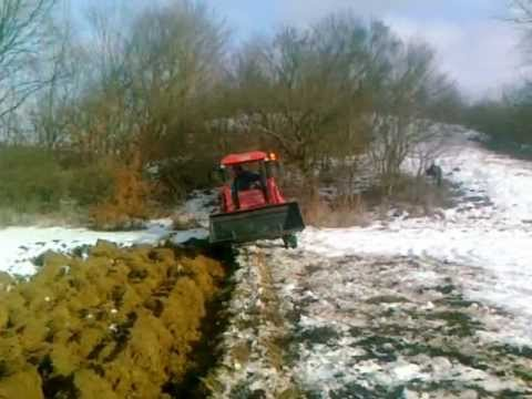 Как завести Трактор Беларус 82.1 - YouTube