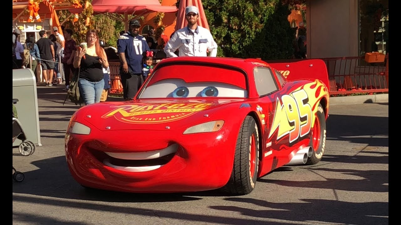 Disney Cars 3 Lightning Mcqueen In Real Life Irl Christmas At Cars