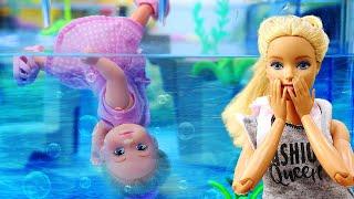 Барби куклы видео. Штеффи упала в бассейн и нашла нового друга. Видео для девочек
