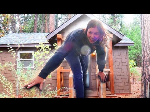 LIVING IN A TINY HOUSE!