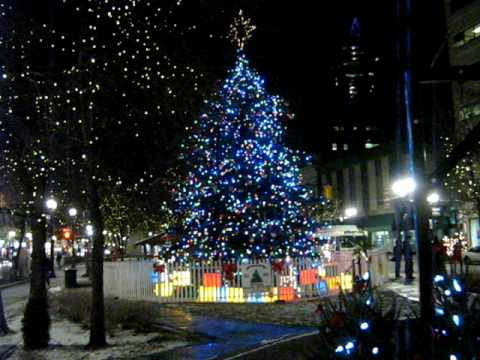 Christmas Lights at Gore Park, Hamilton Ontario 2009 - YouTube