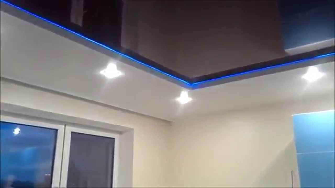 Подвесные черные потолки с диодной лентой фото