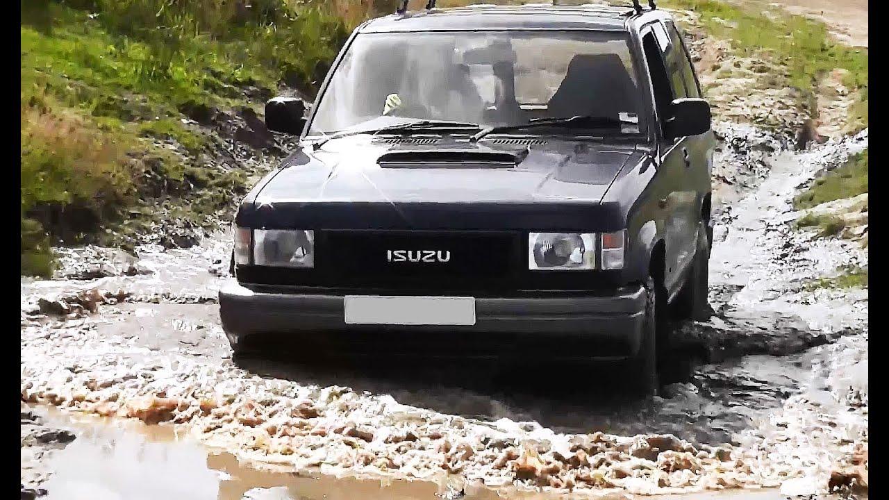 isuzu trooper duty off road in the mud at pea farm 4x4 [ 1280 x 720 Pixel ]