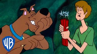 While solving their next mystery the gang stumble across a secret abandoned mineshaft!watch scooby and incorporated find clues, hunt down bad guys, a...
