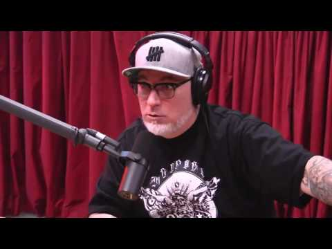 Everlast on New Rappers, Mumble Rap, and Old Bitter Rappers - The Joe Rogan Experience