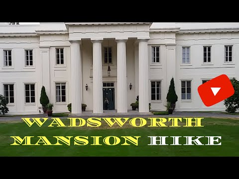 Hike at Wadsworth Mansion in CT