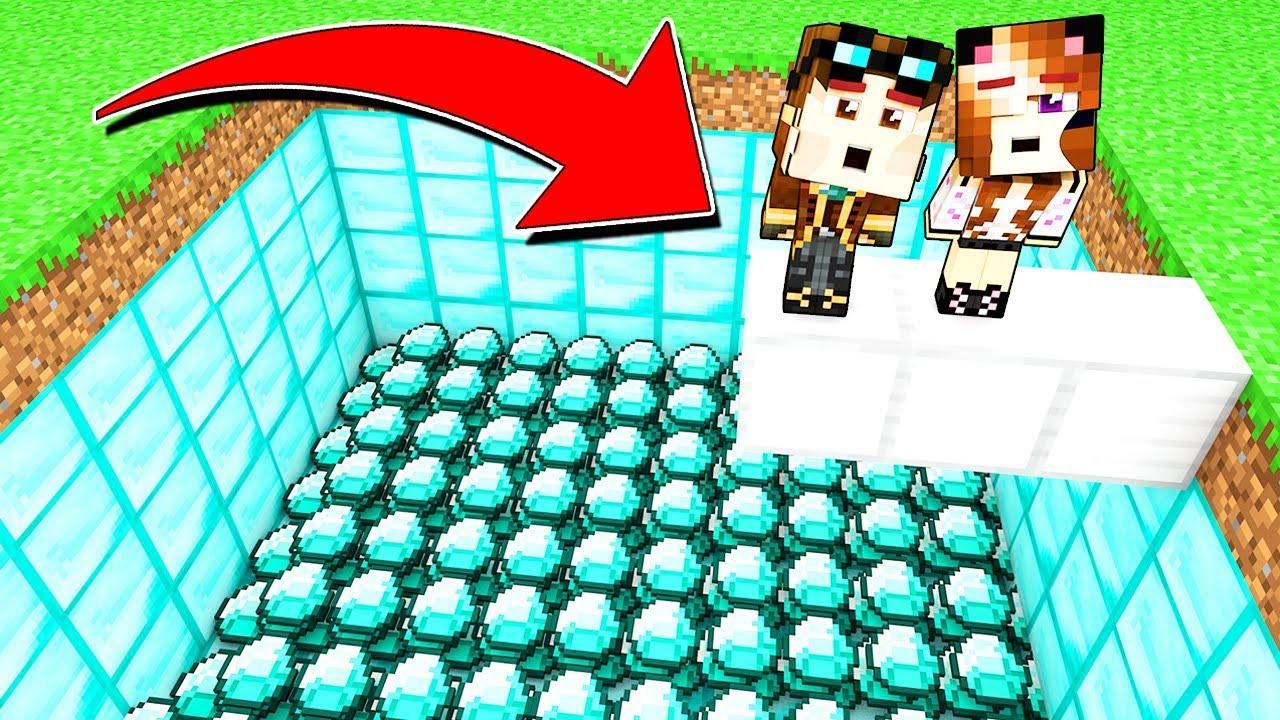 Non Tuffarti Nella Piscina Di Diamante Su Minecraft Youtube