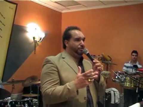hermano Moreno de extremadura predicando a los jovenes de alicante
