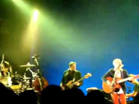 Damien Rice -Coconut Skins (with Jam) Live (great quality)