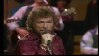 "Gene Watson - Drinking My Way Back Home ""LIVE"""