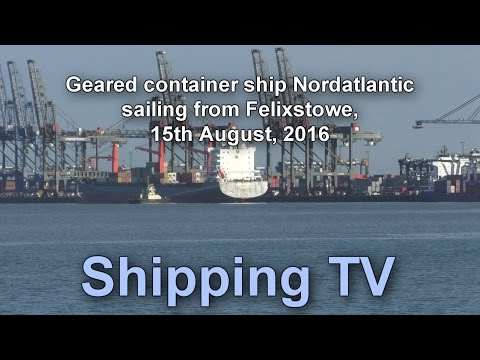 Geared container ship Nordatlantic sailing, 15 August 2016