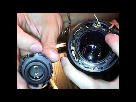 Repair a jammed Nikon zoom lens