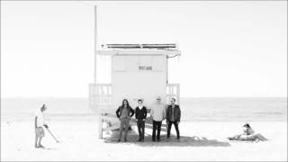 Faixa número um do Weezer (White Album) Lyrics - California Kids Wh...