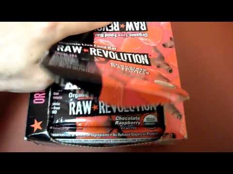 Review Raw Revolution Organic Live Food Bar Chocolate Raspberry Truffle Omega 3 protein Gluten free