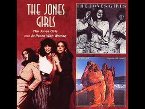The Jones Girls - Dance Turned Into A Romance (Audio only)