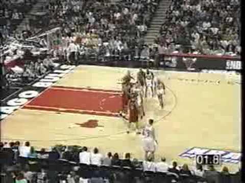 Bulls vs Heat 1997 - Game 5 - Michael Jordan 28 points