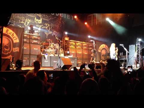 Black Label Society Live 2014 Downtown Disney, Orlando 04/30/14 HD Zakk Wylde