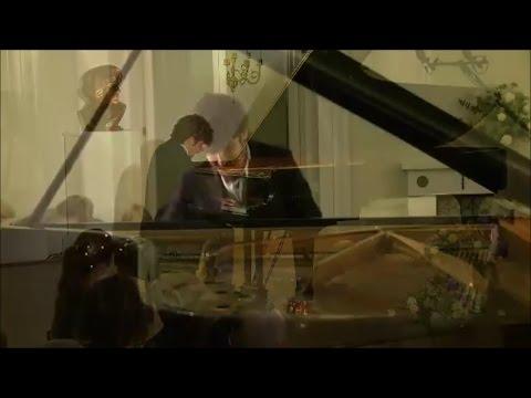 Federico Colli plays Chopin: Mazurka and Waltzes