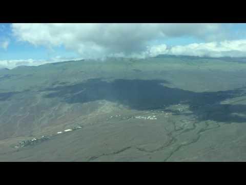 Flying with Mokulele Airlines. Kohala Coast and Landing in Waimea.